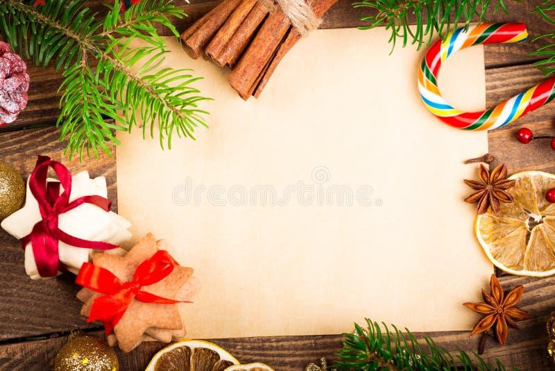 Cartão vazio com decorações do Natal sobre fotos de stock royalty free