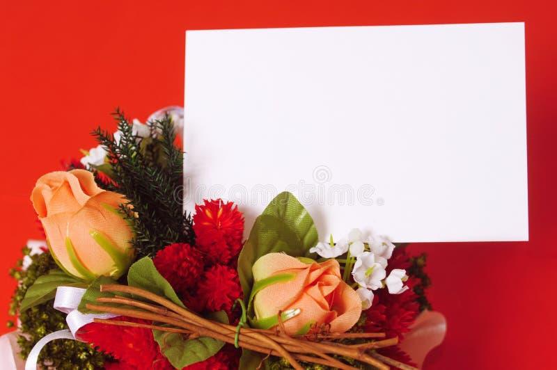 Cartão vazio das rosas românticas fotografia de stock