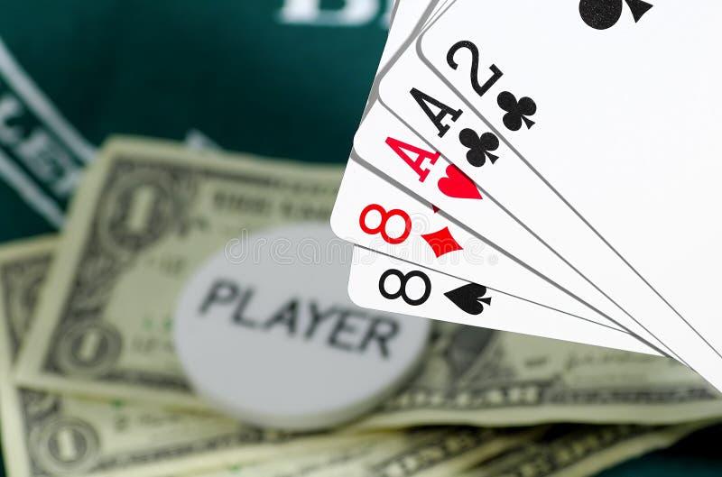 Download Cartões e dinheiro foto de stock. Imagem de dinheiro, gamble - 71276