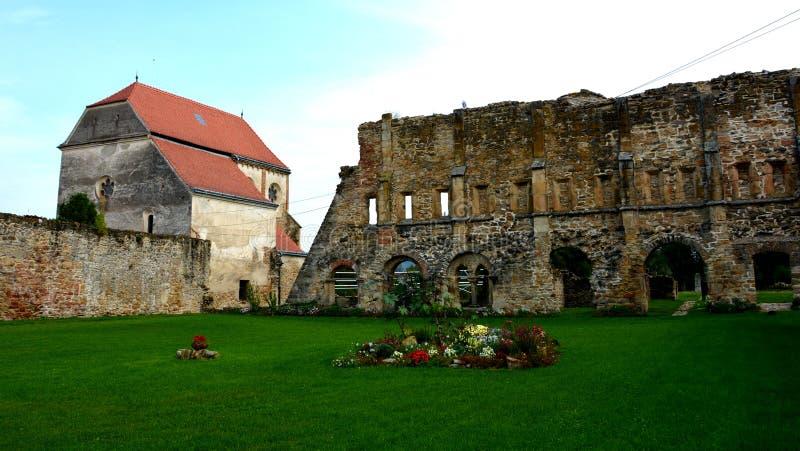 Carta średniowieczny monaster blisko Sibiu, Transilvania zdjęcie stock