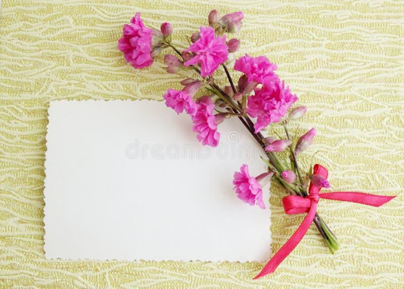 Carta con un piccolo mazzo immagine stock libera da diritti