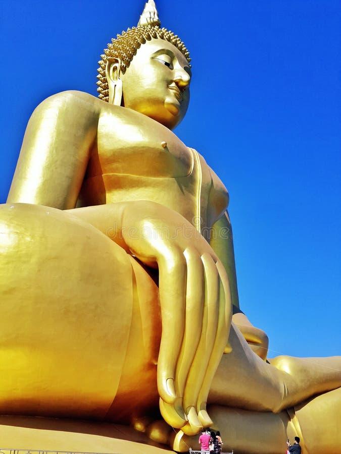 carta da parati del fondo di religione di viaggio del vecchio tempio del tempio della statua di Buddha del asiastyle bella è un s fotografie stock