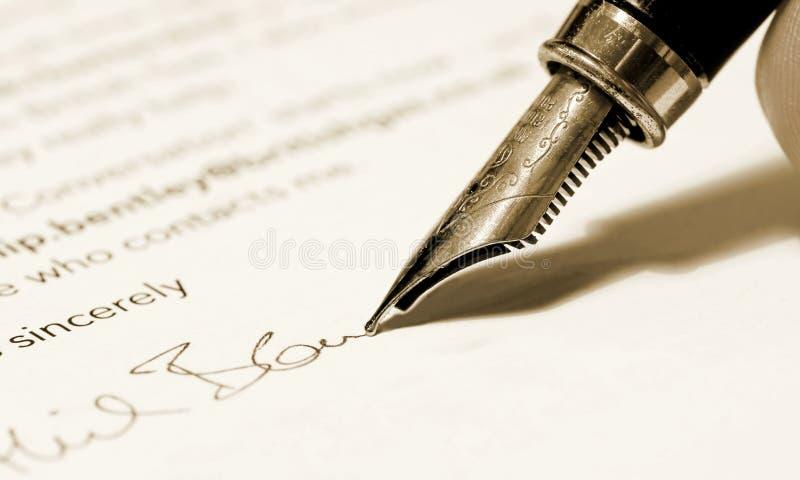 Carta de firma del hombre de negocios foto de archivo libre de regalías