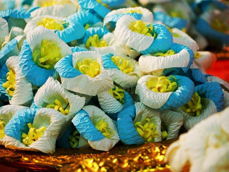 Carta del fiore da disporre sul sito della cremazione, funerale tailandese fotografie stock