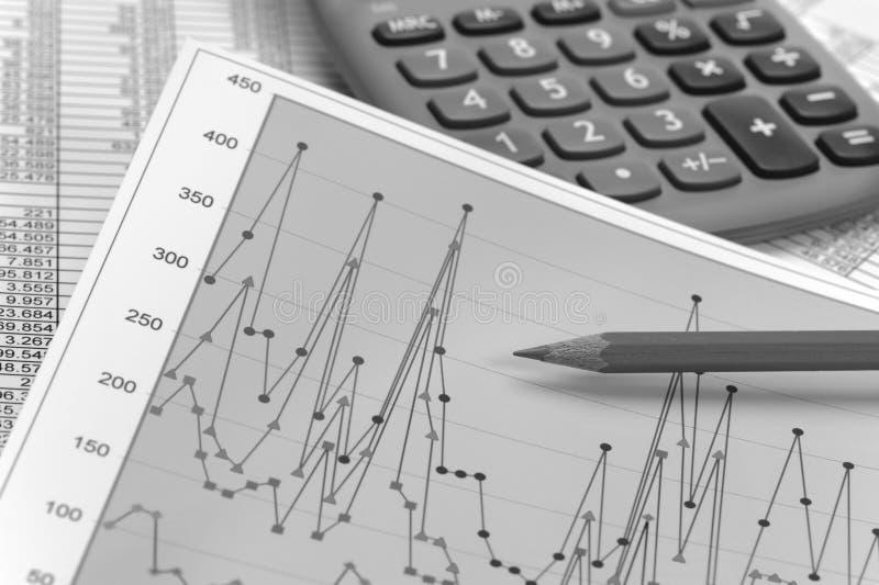 Carta do cálculo financeiro do orçamento imagens de stock royalty free