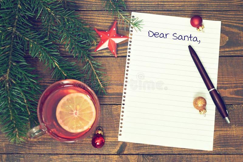 Carta querida de Santa imagenes de archivo