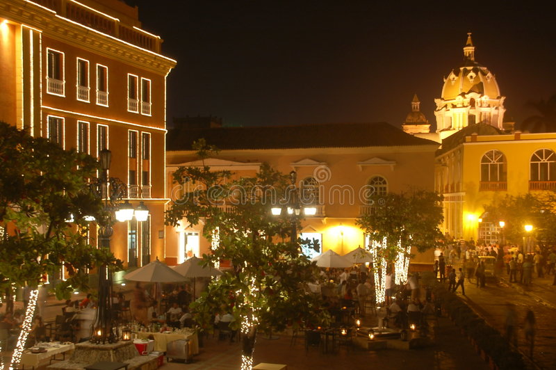 Cartagena, Colômbia na noite imagem de stock