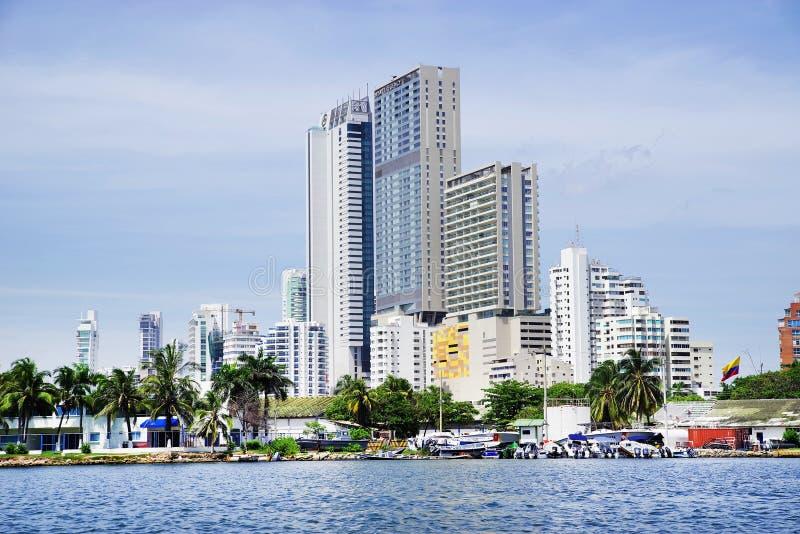 CARTAGENA, COLOMBIA - AUGUSTUS 10, 2018: Cityscape van modern Cartagena, beroemde toevlucht in Colombia royalty-vrije stock afbeeldingen