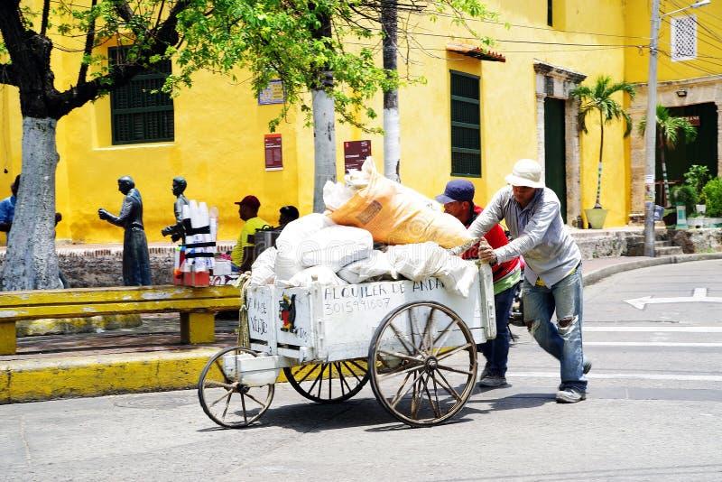 CARTAGENA, COLOMBIA, 3 AUGUSTUS, 2018: Straatsc?ne in de Oude stad van Cartagena stock afbeeldingen