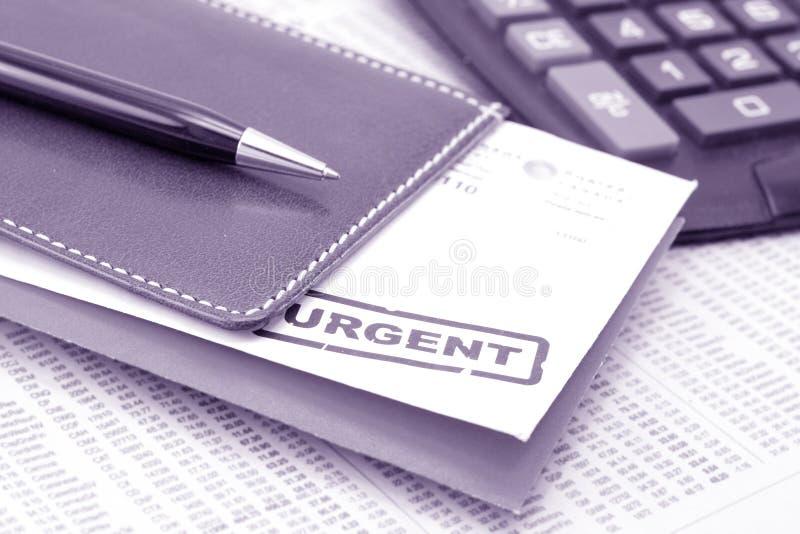 Download Cartas urgentes foto de archivo. Imagen de proceso, existencias - 1284306