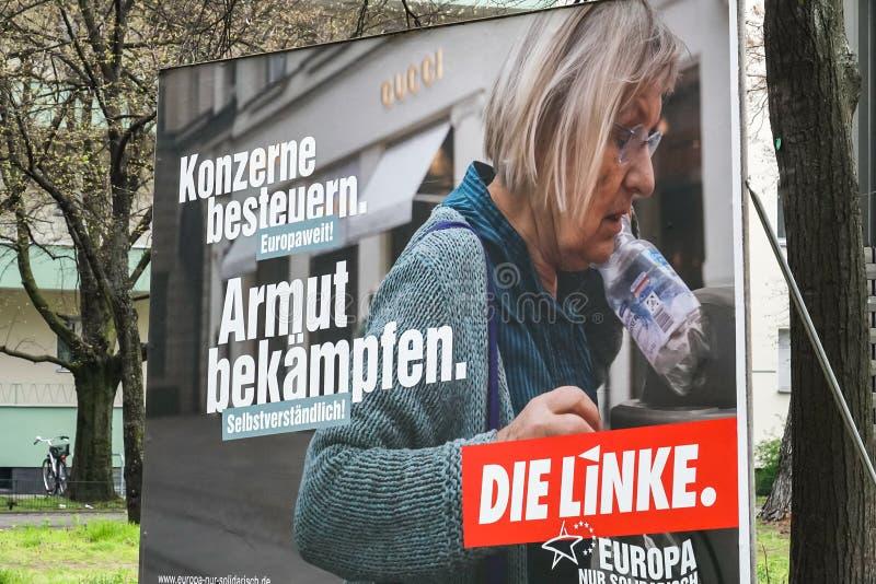 Cartaz da campanha eleitoral do dado Linke, partido pol?tico alem?o fotografia de stock