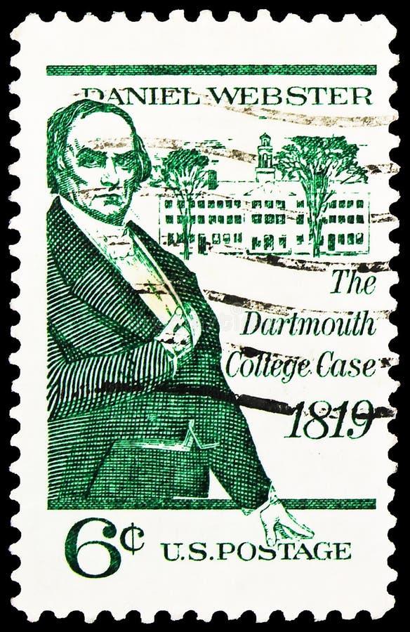 Cartaz impresso nos Estados Unidos mostra Daniel Webster e Dartmouth Hall, Dartmouth College Case Issueserie, cerca de 1969 imagens de stock