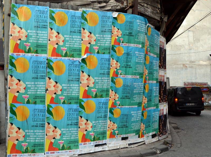 Cartazes do festival do cocktail de Istambul foto de stock royalty free
