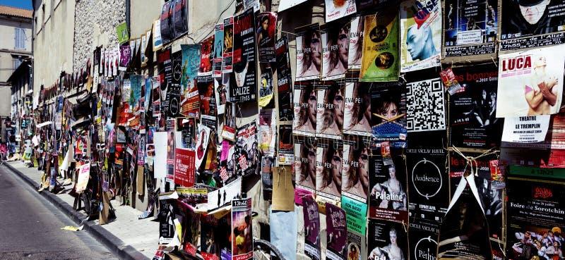 Cartazes do festival do teatro de Avignon fotografia de stock royalty free