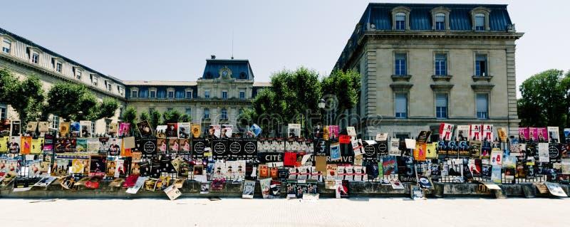 Cartazes do festival do teatro de Avignon imagem de stock