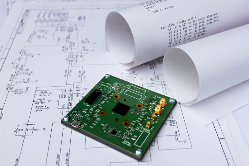 Carte électronique, schéma de circuit, logiciel photos stock