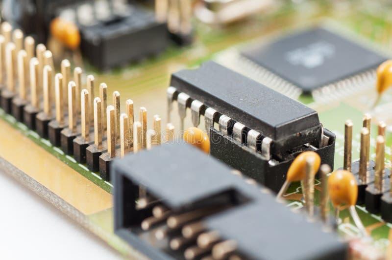 Carte avec les composants électroniques image stock