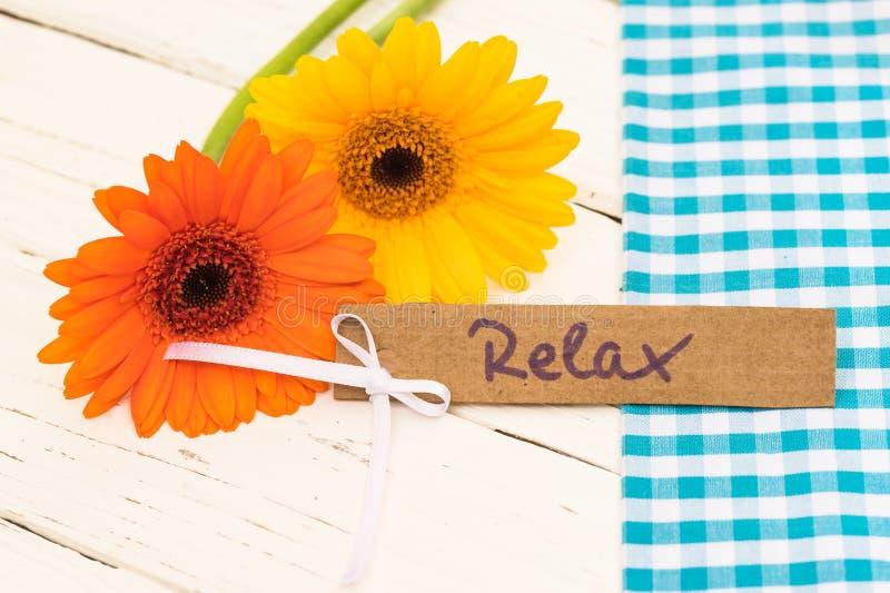 Carte cadeaux pour Relax présent comme d'anniversaire, de valentines ou de mères jour photos stock