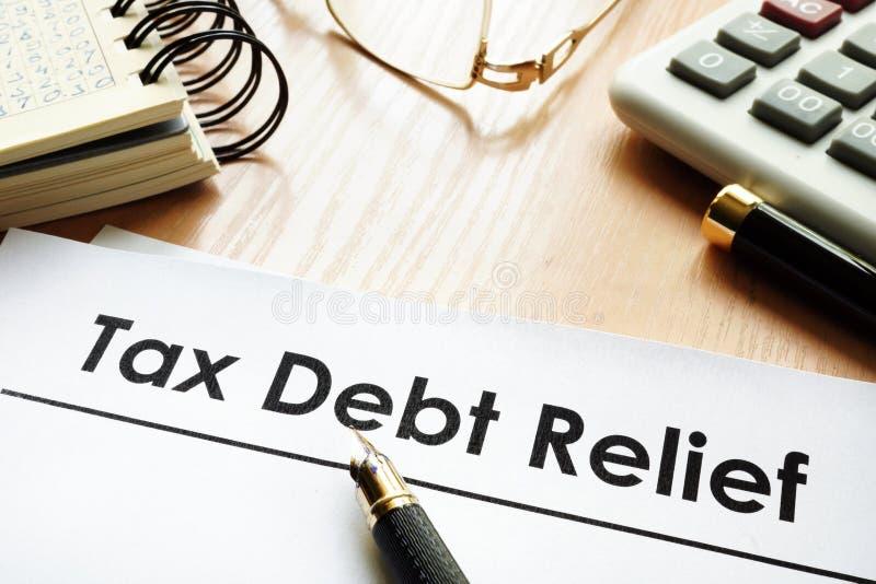 Carte con condono del debito di imposta di titolo fotografie stock libere da diritti