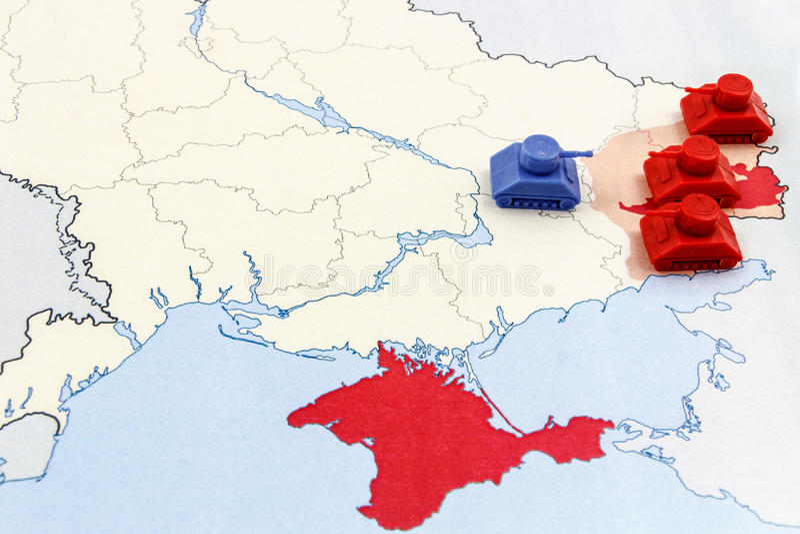 Carte de guerre en Ukraine avec la supériorité numérique des réservoirs russes photos libres de droits