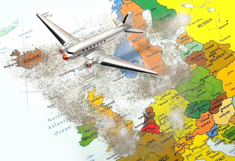 Carte de l'Europe avec la poussière 3 de volcan photographie stock libre de droits