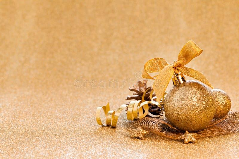 Carte de Noël avec d'or photo stock