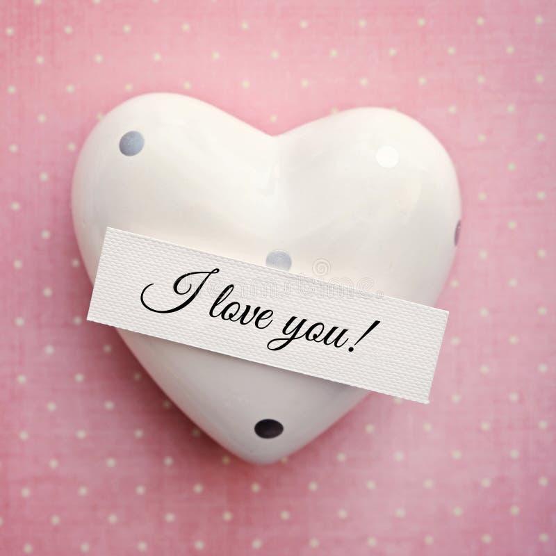 Carte de Valentine avec le coeur image stock