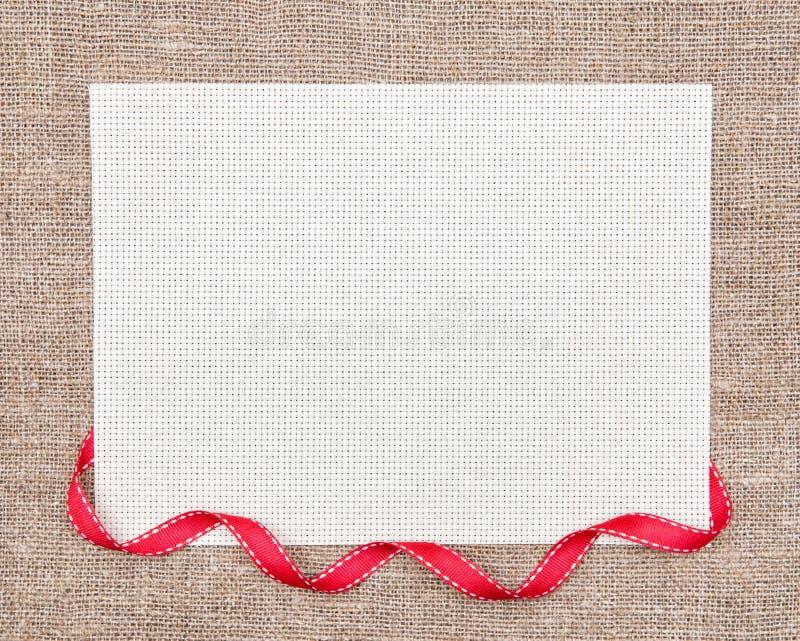 Carte de Valentine avec le ruban image stock