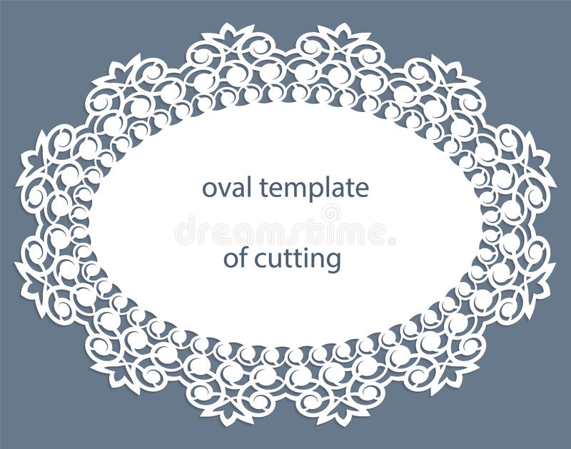 Carte de voeux avec la frontière ovale à jour, napperon de papier sous le gâteau, calibre pour couper, épousant l'invitation, pla illustration libre de droits