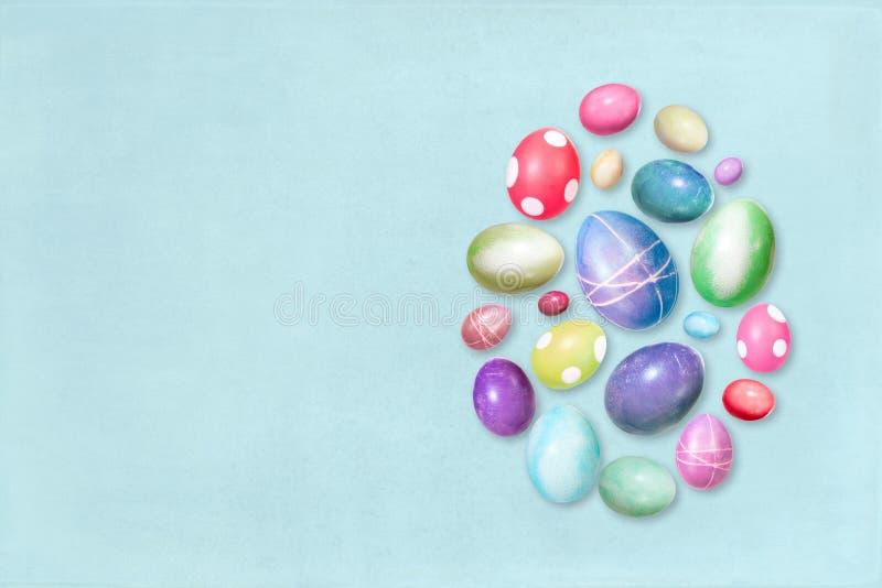 Carte de voeux bleue de Pâques avec le copyspace, Pâques teinte colorée e image libre de droits