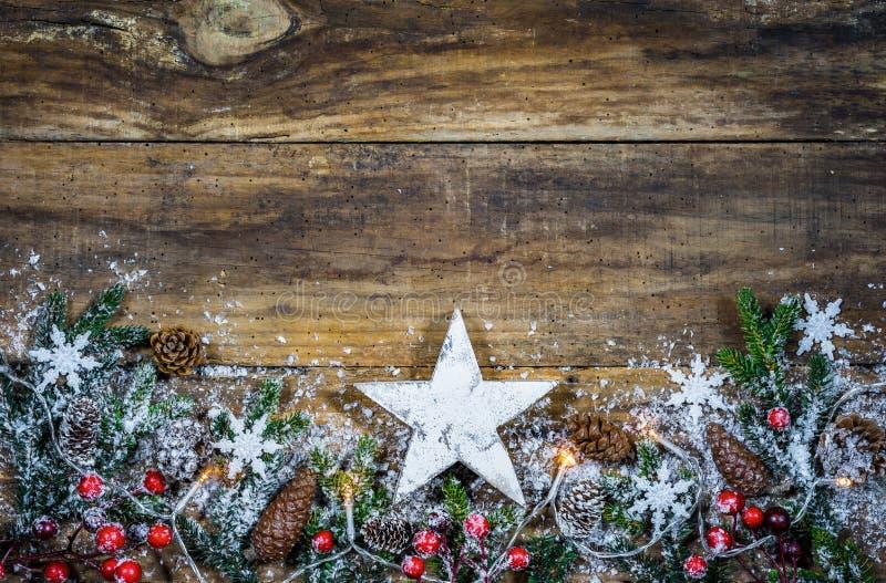 Carte de voeux de Joyeux Noël avec des étoiles photo stock