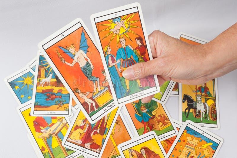 Carte di divinazione dei tarocchi immagine stock