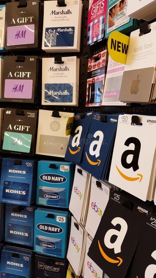Carte di regalo: Amazon, marina anziana, Marshalls, Apple e più fotografia stock libera da diritti
