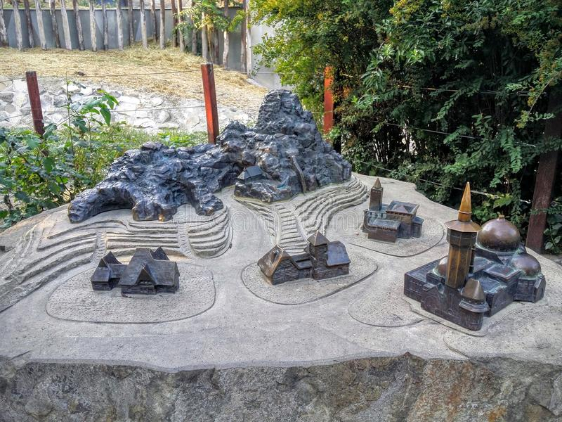 Carte en bronze miniature du zoo de Budapest images libres de droits