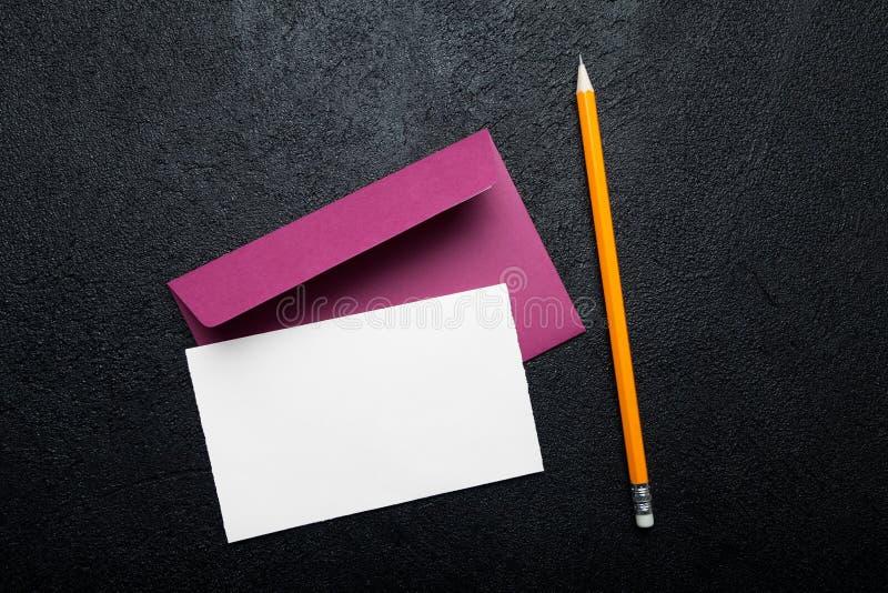Carte postale vide pour la Saint-Valentin, lettre d'amour image stock