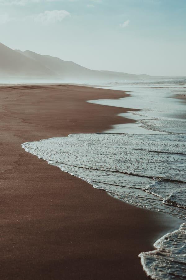 Cartel de la naturaleza Playa de la arena y ocean fotografía de archivo