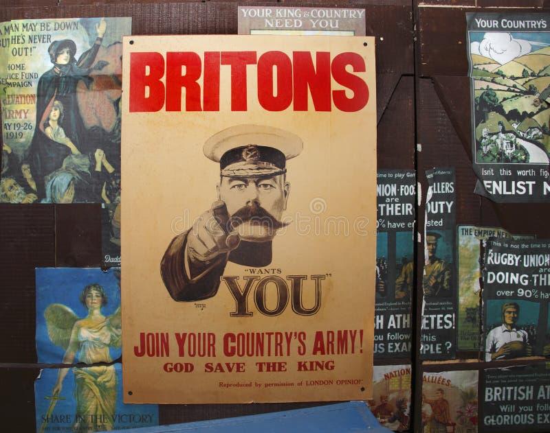 Cartel viejo de la vendimia WWII foto de archivo