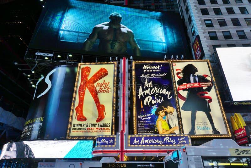 Carteleras en Times Square en New York City imágenes de archivo libres de regalías