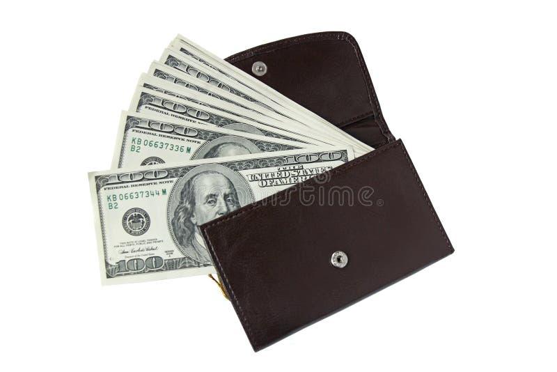 Cartera de cuero con cientos billetes de dólar aislados en blanco fotos de archivo