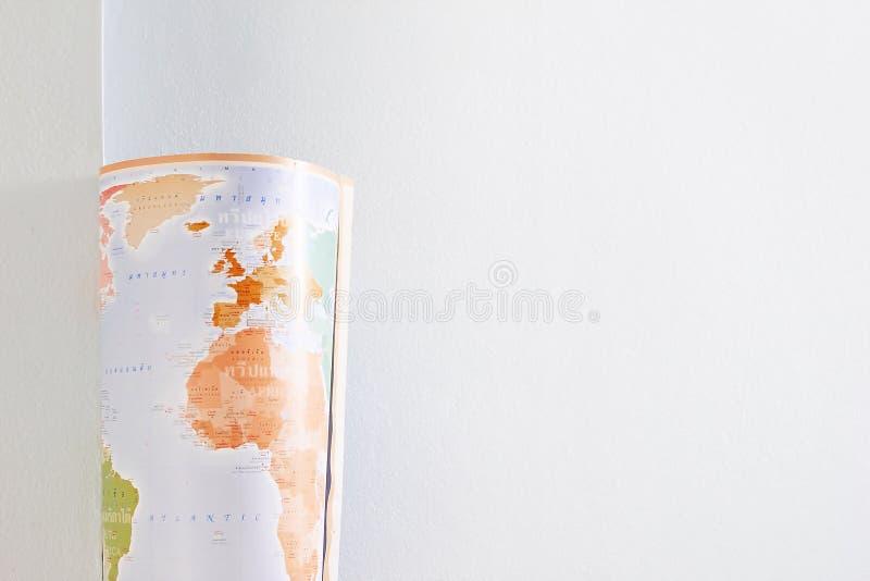 Cartes couleur fraîches de petit pain avec les murs blancs image libre de droits