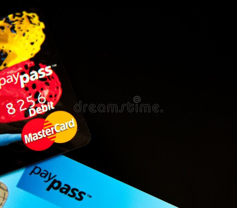 Cartes de crédit de Masterdard PayPass images stock