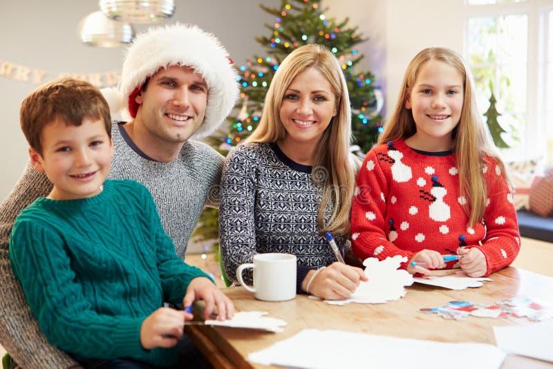 Cartes de Noël d'écriture de famille ensemble image stock