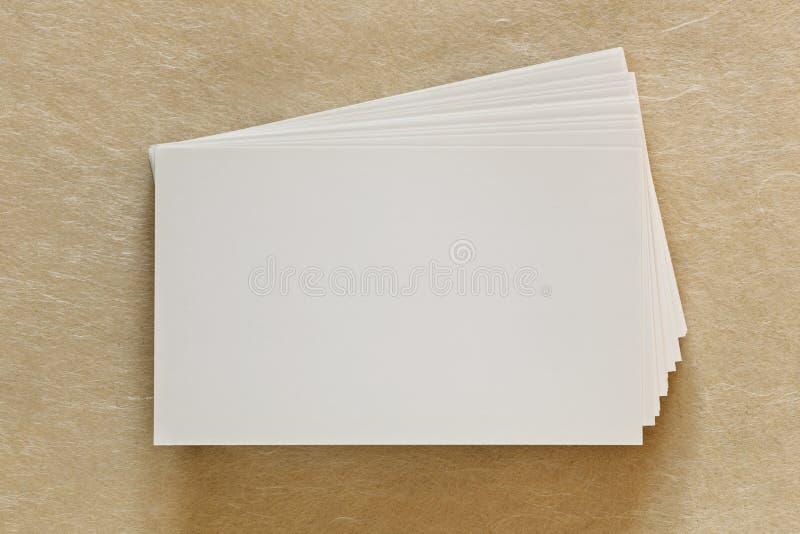 Cartes de visite professionnelle blanches vierges de visite photo libre de droits