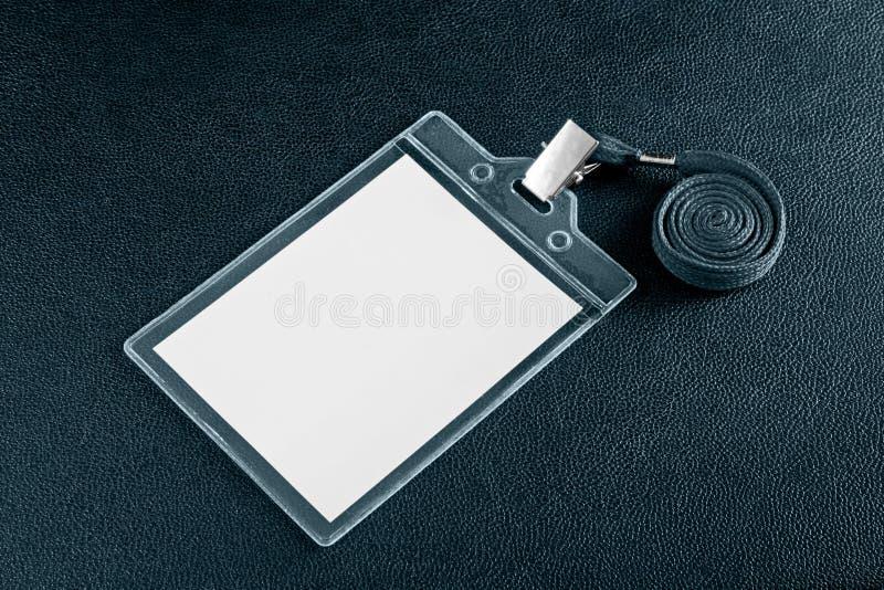 Cartes vierges blanches d'identification de plastique d'identification images stock