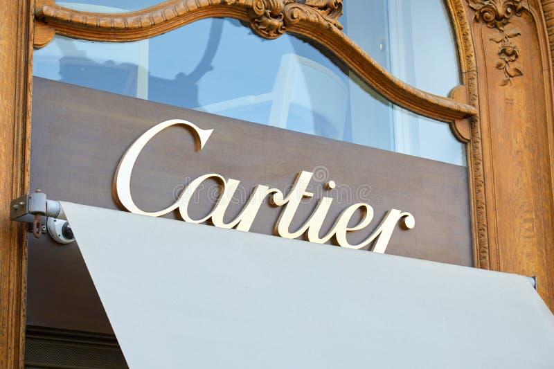 Cartier luksusowego sklepu znak na miejscu Vendome w Paryż, Francja obrazy stock