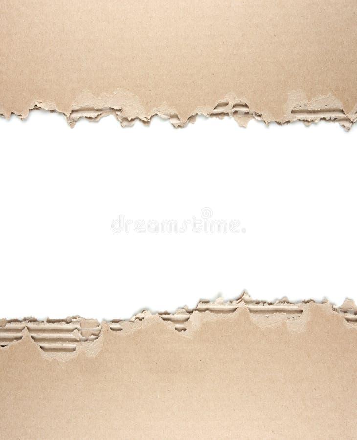 carton d u00e9chir u00e9 avec le blanc d u0026 39 isolement au milieu photo stock
