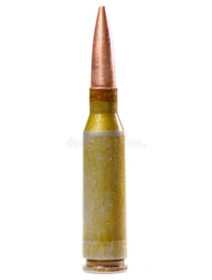 Cartouche de munitions sur le blanc images stock