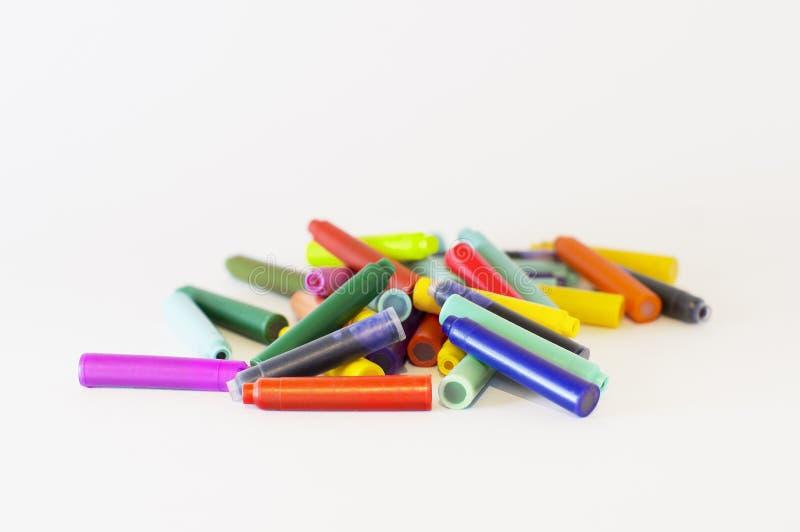 Cartouches d'encre de couleur pour un stylo images stock