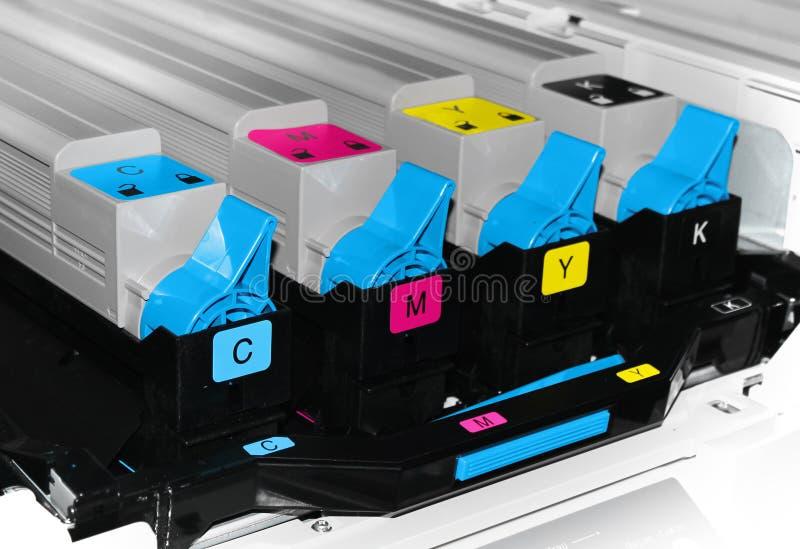 Cartouches d'offre de laser d'encre de couleur de toner d'imprimante image stock