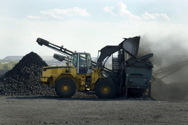 Carvão do carregamento imagem de stock